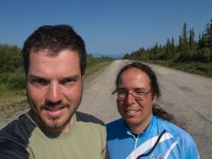 Voir plus - See more - Ver más 034. Dease Lake - Tatogga Lake 23/07/2012