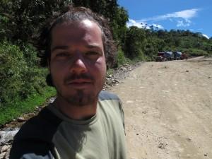Voir plus - See more - Ver más 403. cerca frontera provincial - Isimanchi 27/07/2013