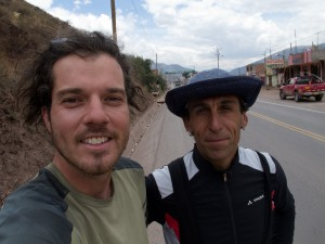 Voir plus - See more - Ver más 469. Cuzco - cruce para Acomayo 01/10/2013